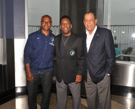 Marcos Senna and Pele illuminate up the Empire State Building